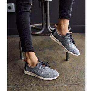 TOMS   Blue Del Rey Sneakers   Size 7.5